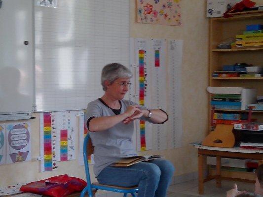 langue-des-signes-11